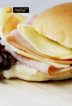 Broodje met ham kaas